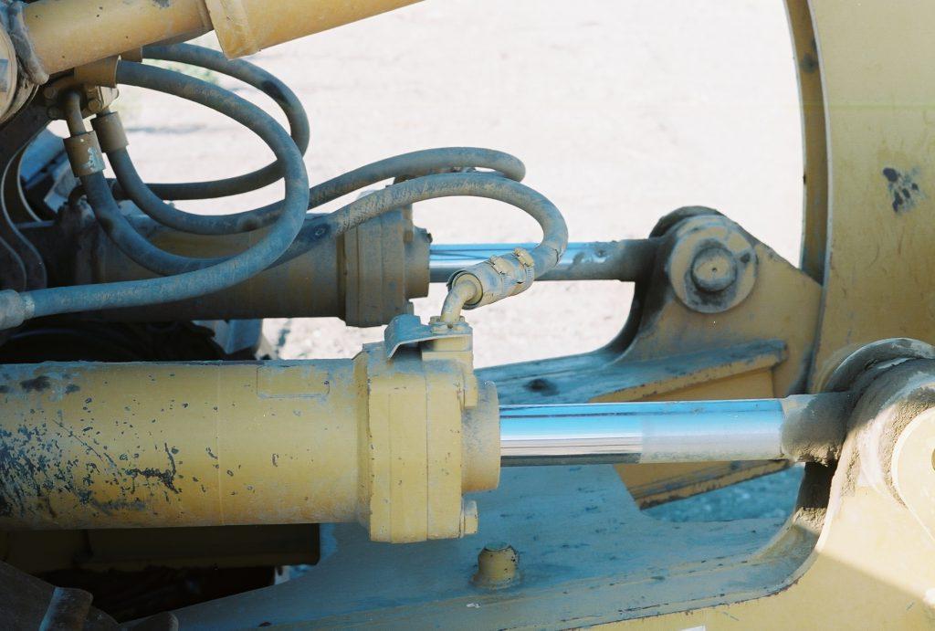 Naprawa siłowników hydraulicznych